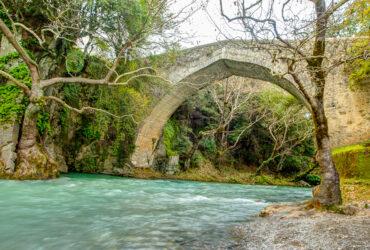 Παλιά-γέφυρα-στον-Λούσιο-ποταμό